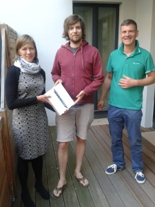 Dr Janis Vogt receives his iPad from Stephanie Dawson, CEO pictured here with co-founder Alexander Grossmann