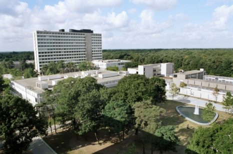 Tilburg University campus (source)